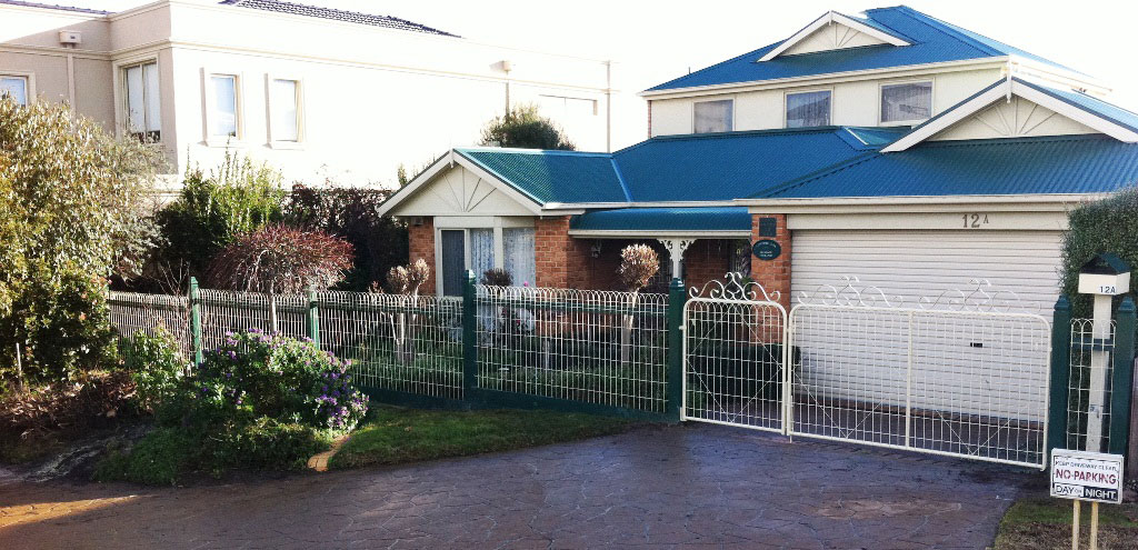 Brown's Custom Fencing